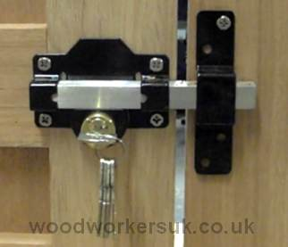 Fitting a receiver for a long throw gate lock