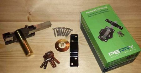 Perry Single Locking Long Throw Gate Locks (Key Lockable One Side, Latch Bolt Other Side)-1261