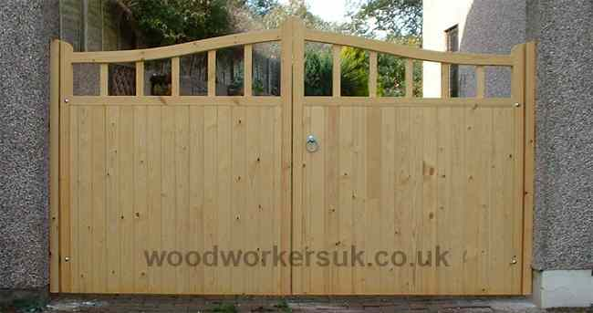 Swan neck Caernarfon driveway gates in Unsorted Scandinavian Redwood (Softwood)