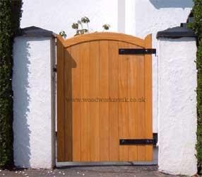 curved-garden-gates
