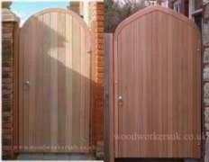 timber-gates
