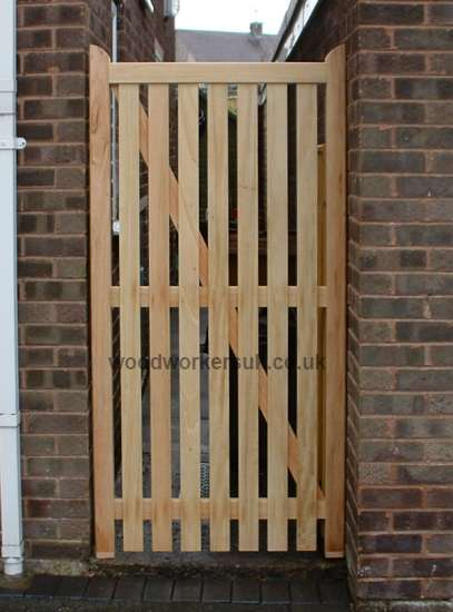 The Denbigh is also available as an open boarded gate (shown in Idigbo)