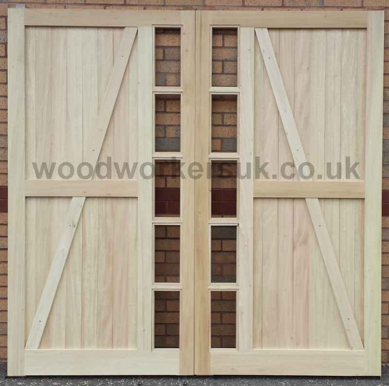 Again shown in Idigbo is the rear of the Snowdonia doors, also available in Euro Oak, Meranti (Hardwoods), Accoya and Scandinavian Redwood (Softwoods)