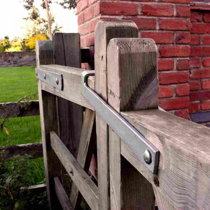 throw over gate loops fitted